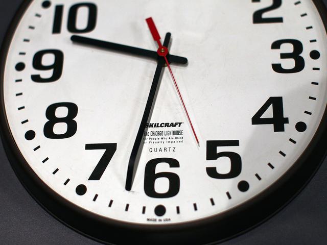 Lansing legislators push to keep Daylight Saving Time year round