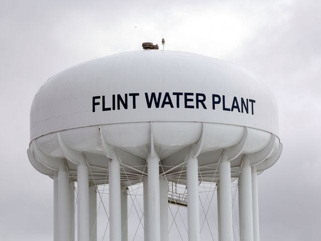 Three Years After Ill-Fated Switch, Flint Mayor Recommends Using Detroit Water
