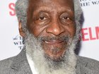Activist, comedian Dick Gregory dies at 84