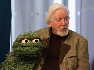 Beloved 'Sesame Street' puppeteer retires